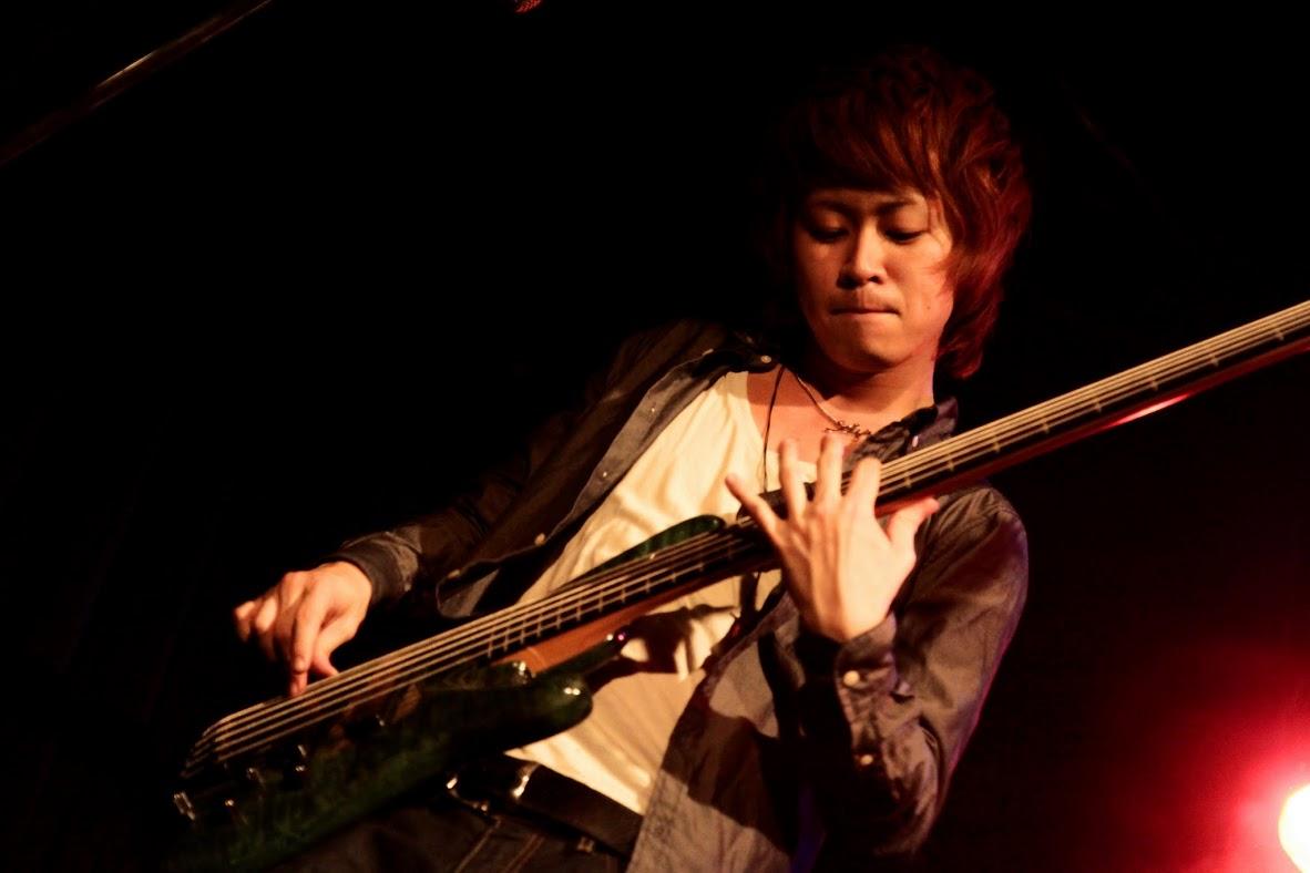 JRock247-FROM-ADAM-ON-DOWN-2012-09-Wild-Side-Tokyo-041