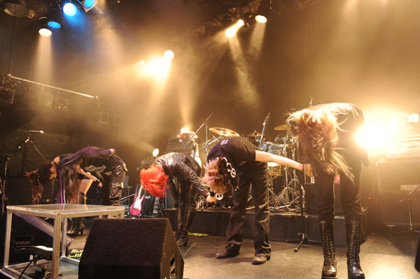 JRock247-exist-trace-at-Daikanyama-Unit-2011-11-p11