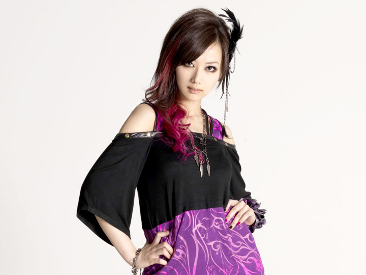 http://jrock247.com/wp-content/uploads/2012/12/JRock247-exist-trace-miko-galaxy-android-201211-F.jpg