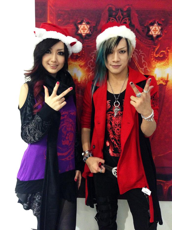 JRock247-exist-trace-miko-sixh-christmas2012-A261