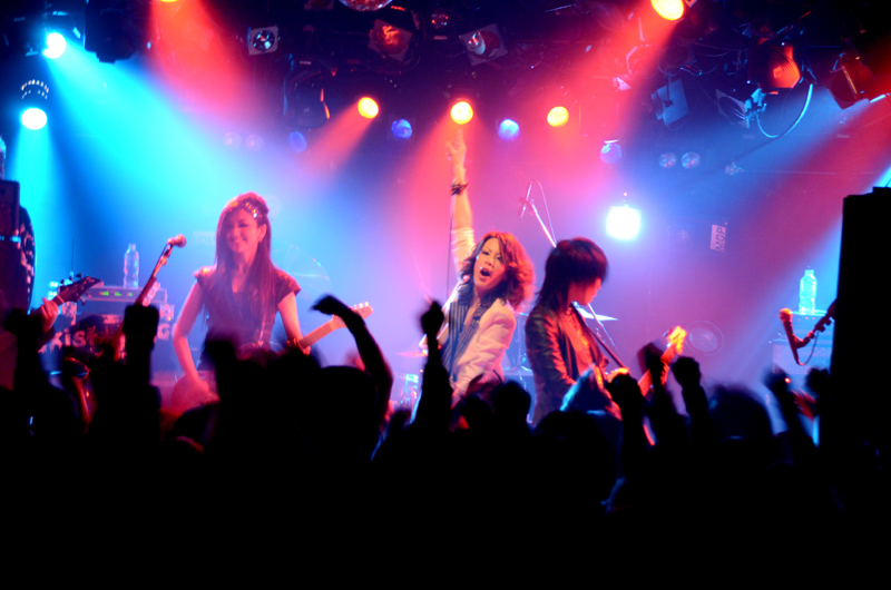 JRock247-exist-trace-The-New-World-2013-live-2103