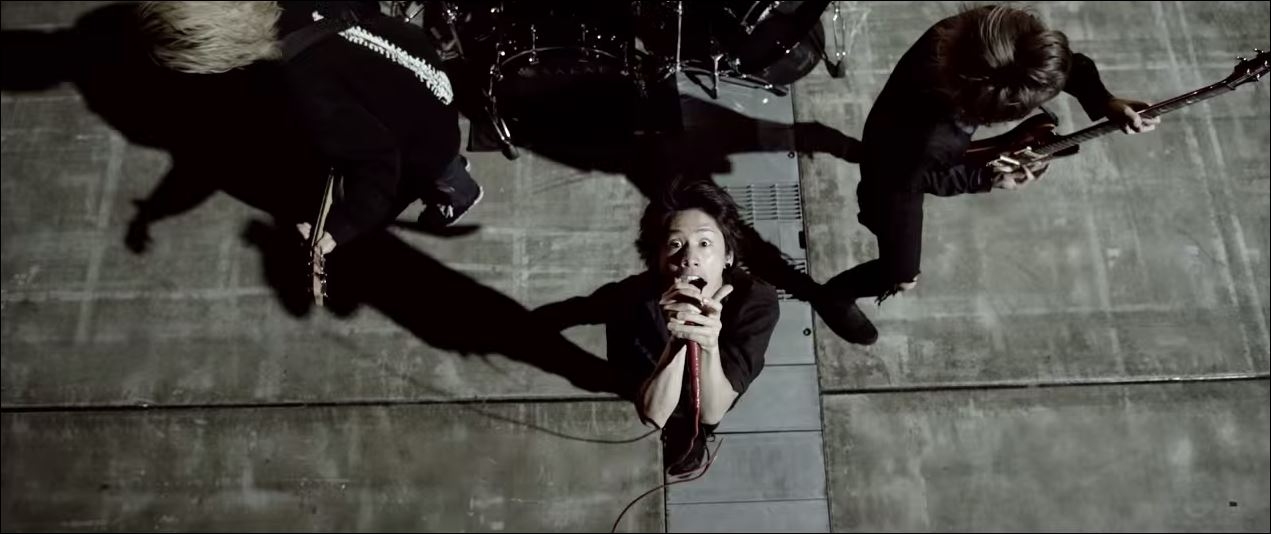 http://jrock247.com/wp-content/uploads/2014/08/JRock247-One-OK-Rock-Mighty-Long-Fall-MV.jpg
