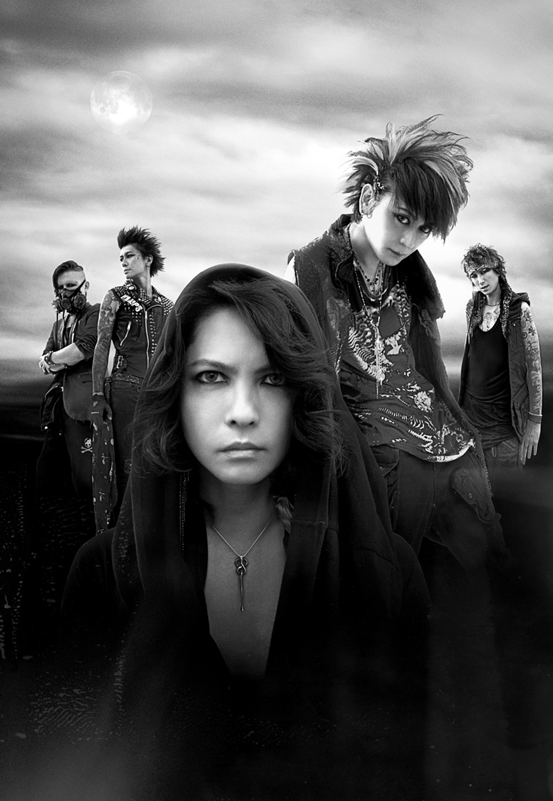 JRock247-VAMPS-Interview-HYDE-KAZ-2015