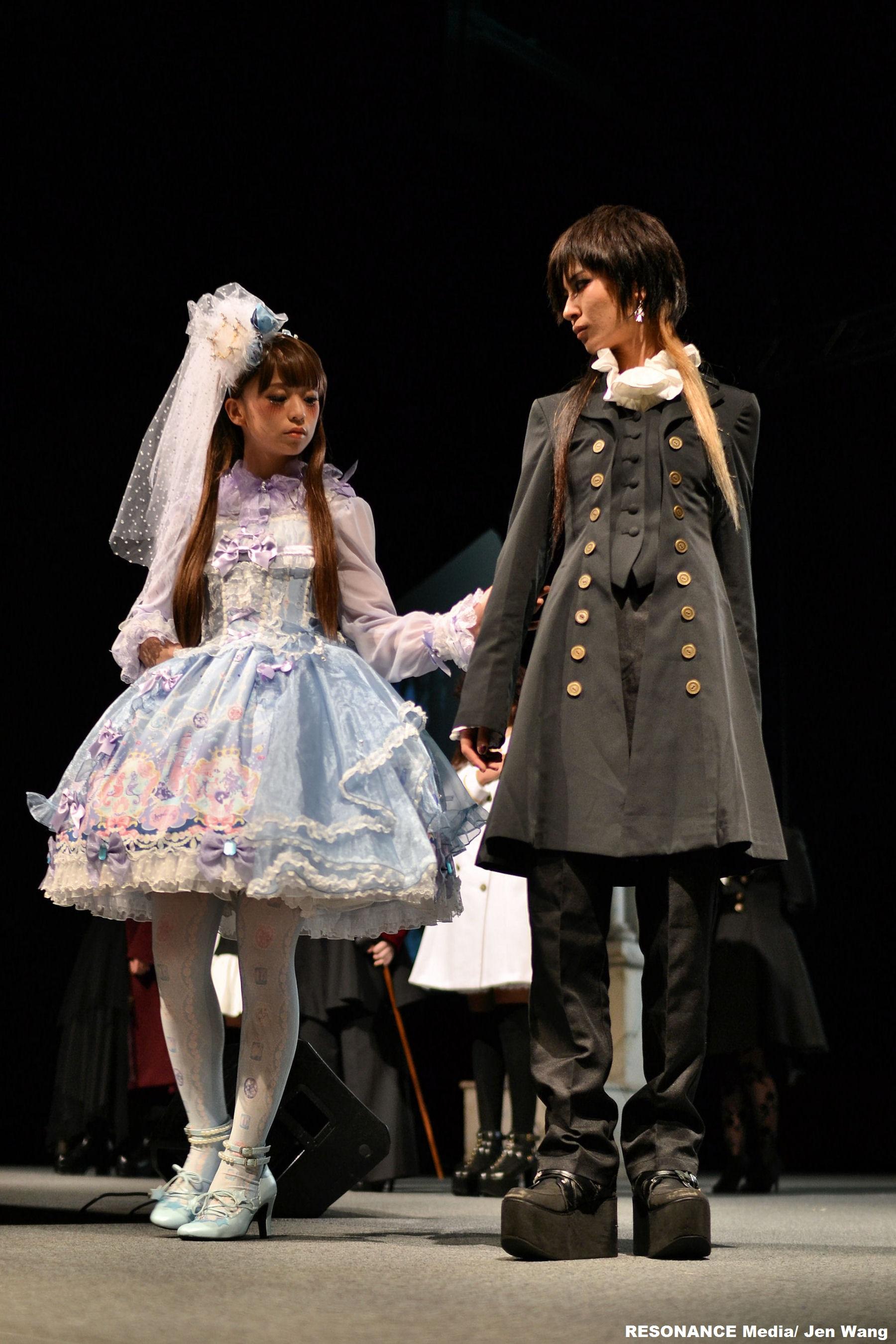 JRock247-AKIRA-AnimeMatsuri2015-fashion2