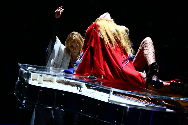 JRock247-Yoshiki-YOSHIKIMONO-Japan-Fashion-Week-2015-A