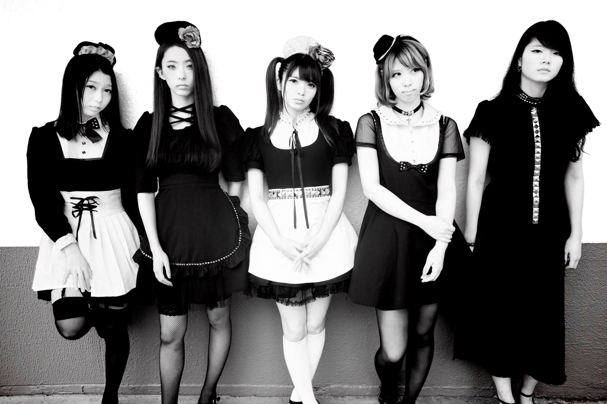 JRock247-BAND-MAID-2015-10-group-2