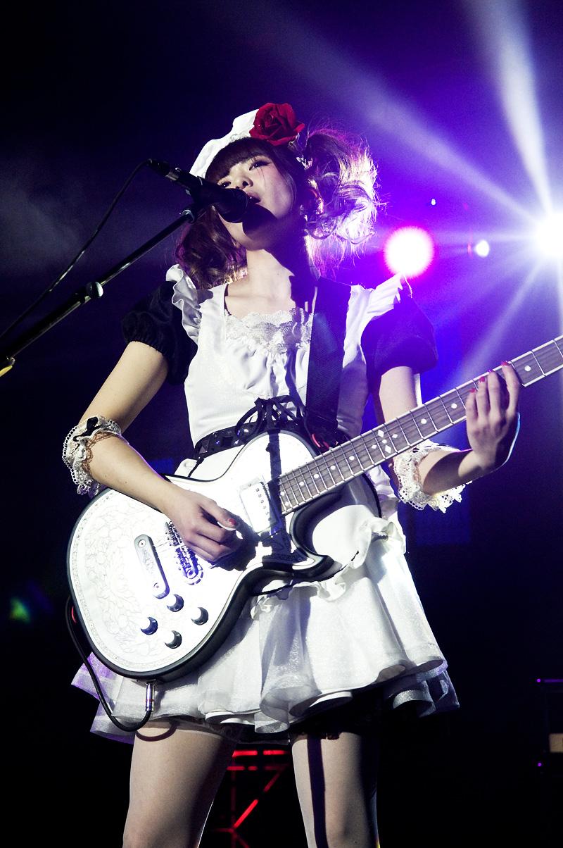 JRock247-BAND-MAID-Sakura-Con-2016-O1164