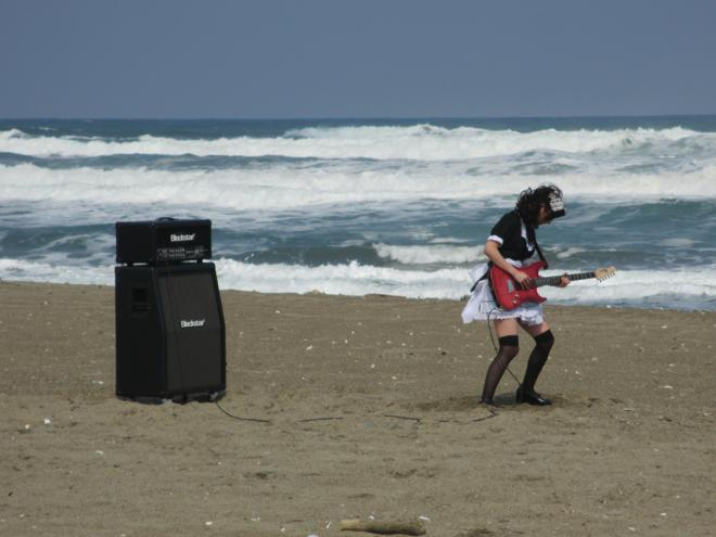 JRock247-BAND-MAID-the-non-fiction-days-MV-off6