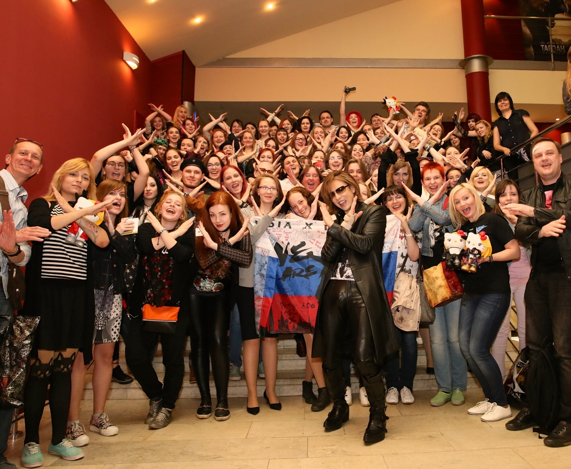 JRock247-Yoshiki-X-Japan-We-Are-X-Moscow-8