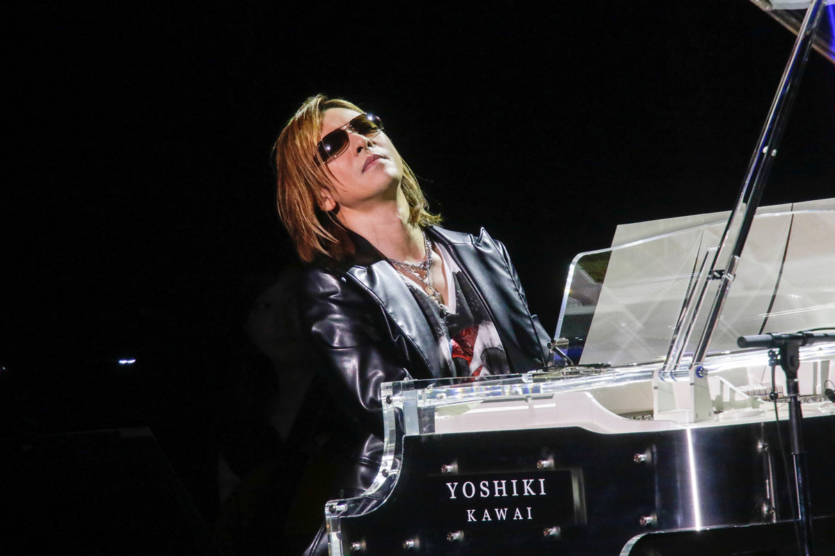 jrock247-yoshiki-classic-rock-awards-2016-02