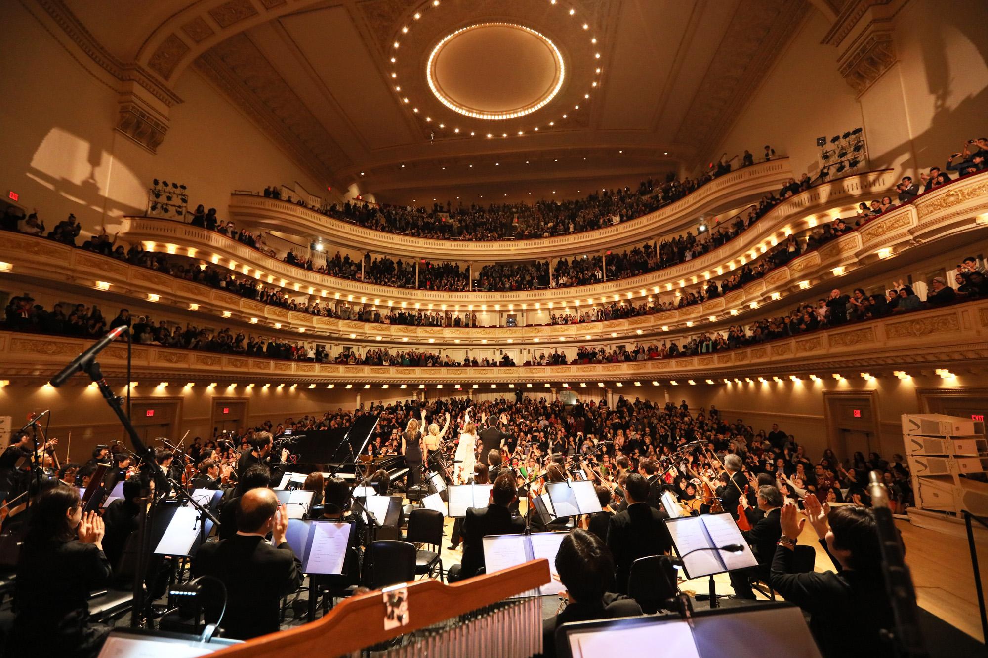 JRock247-Yoshiki-Classical-Carnegie-Hall-L0844