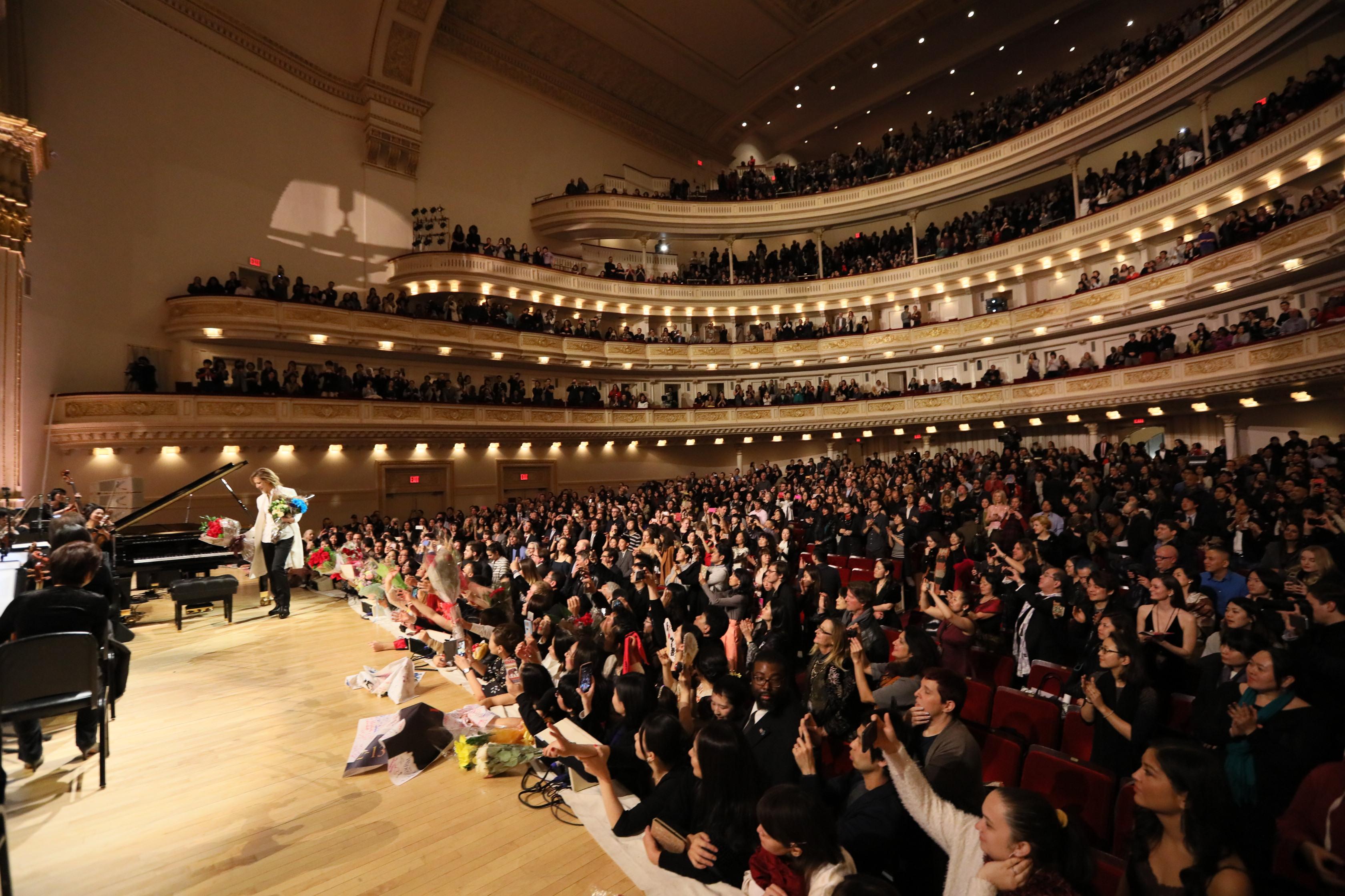 JRock247-Yoshiki-Classical-Carnegie-Hall-N0884