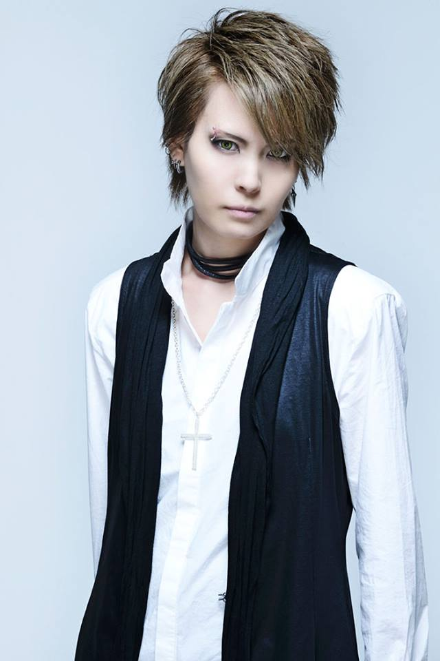 JRock247-exist-trace-Royal-Straight-Magic-interview-2017-Omi