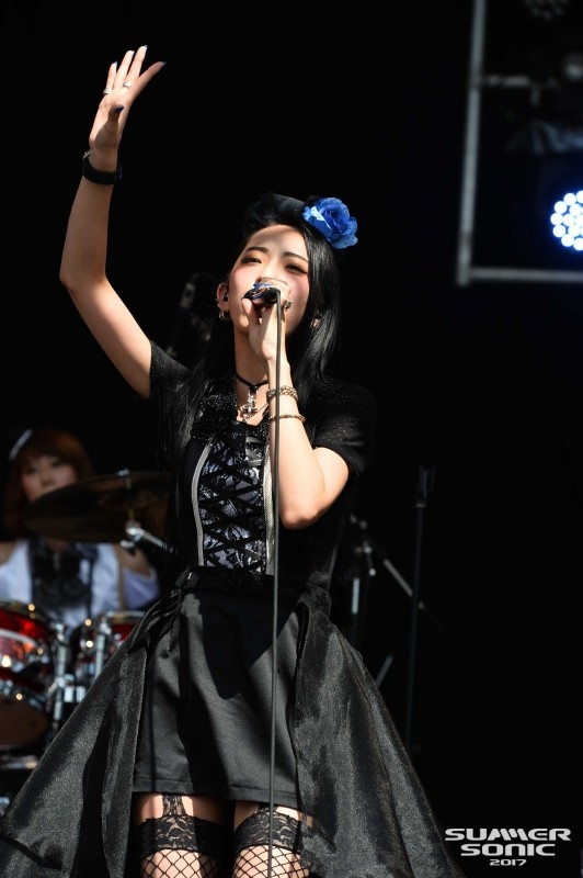 JRock247-BAND-MAID-Summer-Sonic-201708-3