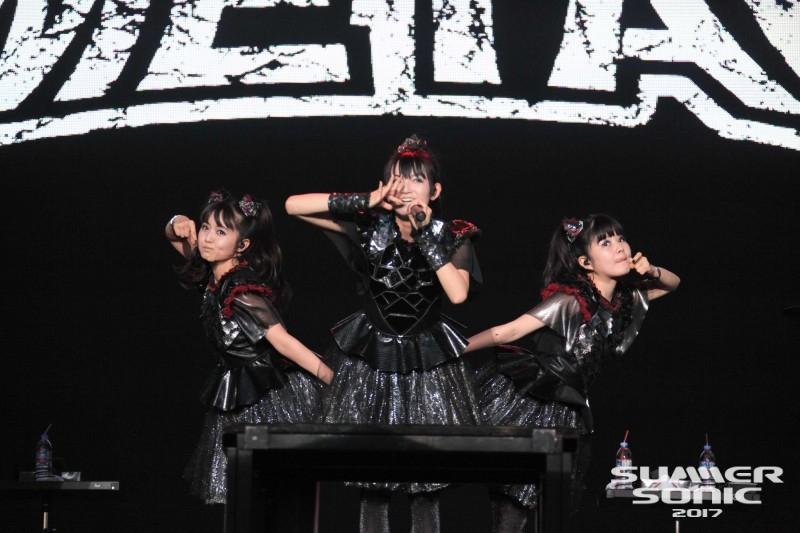 JRock247-Babymetal-Summer-Sonic-2017-Osaka-03