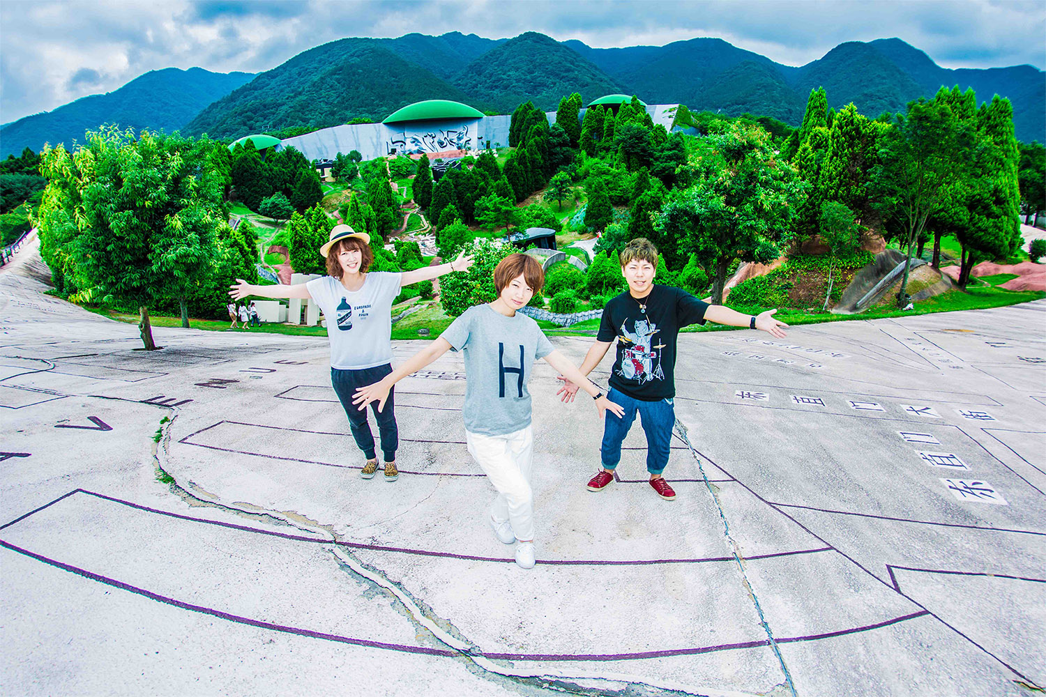 JRock247-Morning-Glory-Patchwork-review-2
