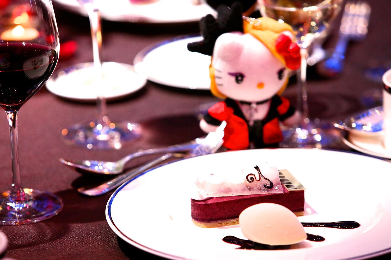 JRock247-Yoshiki-Dinner-Show-5th-Anniversary-2018-J