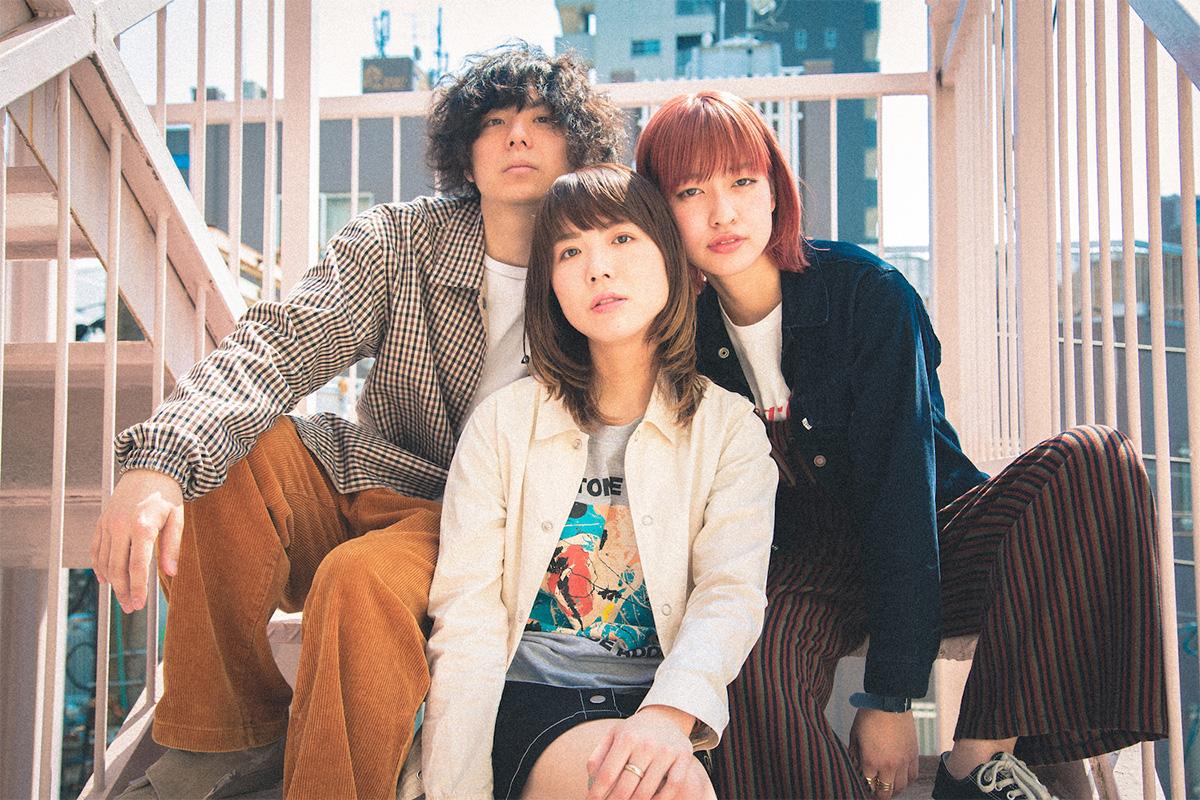 JRock247-Crispy-Camera-Club-Ame-ga-agattara-MV-1