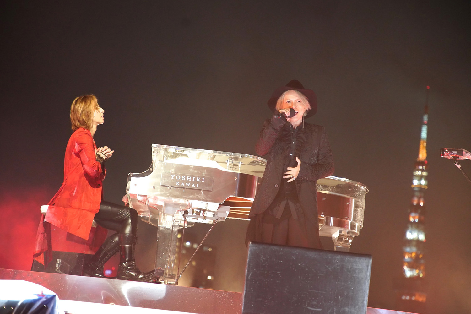 JRock247-Yoshiki-Hyde-Red-Swan-Music-Station-20180917-E4668